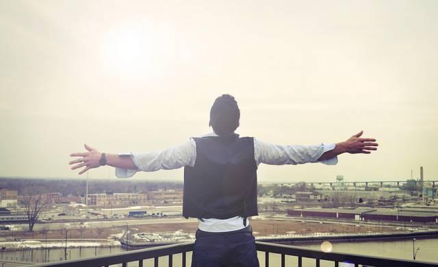 创业的成功之道是:一胆,二力,三功夫